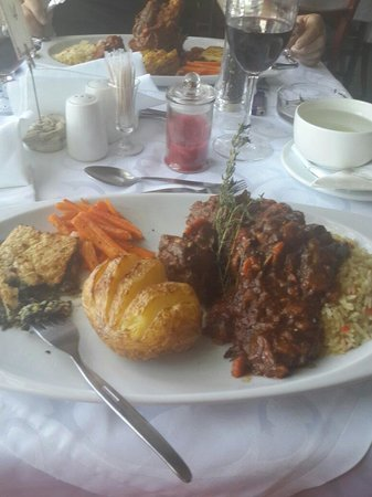 If you did not taste the oxtail and lambshank at the Bistro Ramsgate, you miss out big time! tha