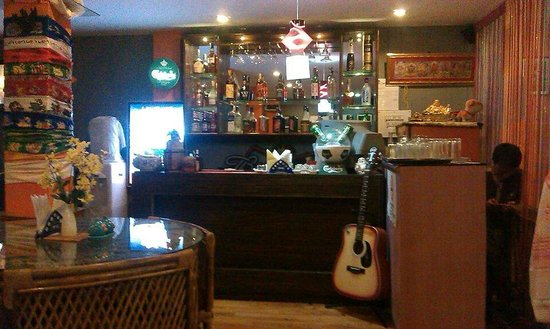 Dj's Downtown Resto Bar