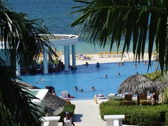 Iberostar Rose Hall Suites: pool