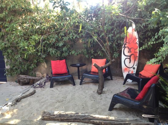 Nice Way Cascais Hostel and Surf Camp: couple more seats