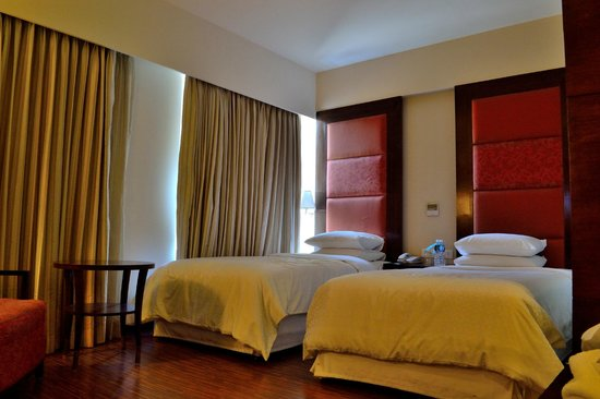 Four Points by Sheraton Ahmedabad: Deluxe Room