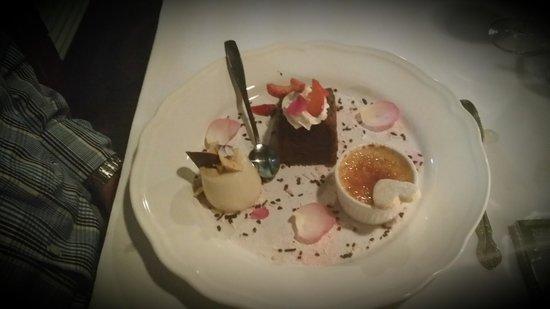 Sweet Assiette Restaurant: Dessert Tasting Plate