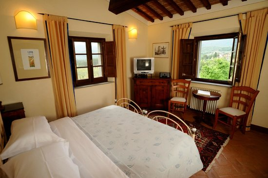 "Casa Portagioia: rooms with ""ever-so-comfortable""  beds and views"