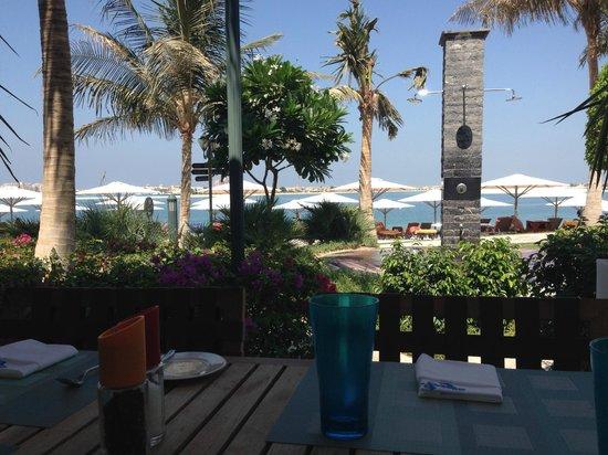 Jumeirah Zabeel Saray: Plaj restaurant