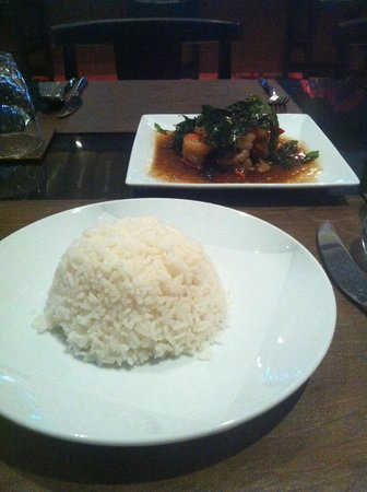 Ashlee Hub Hotel Patong: Food at restaurant