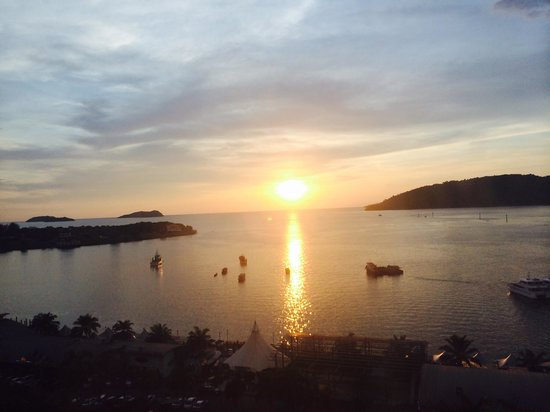 The Klagan Hotel: Beautiful Sunset view from deluxe room... :)