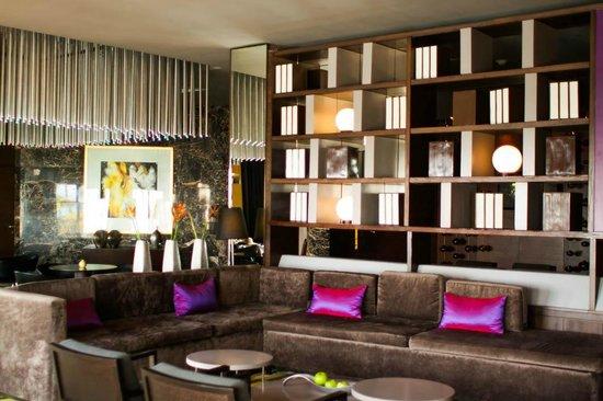 Paradisus Palma Real Golf & Spa Resort : oficina/recepcion para huespedes royal service