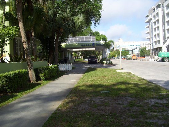 Hotel Indigo St Petersburg Downtown North: porch