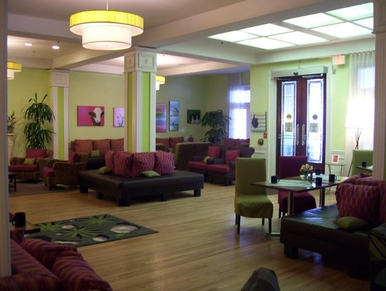 Hotel Indigo St Petersburg Downtown North: other view of lobby