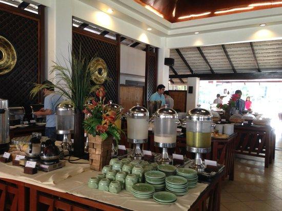 Aonang Villa Resort: Breakfast