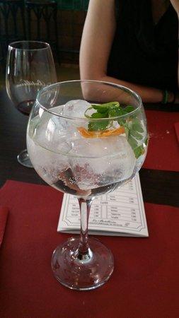 La Botilleria : Para finalizar la experiencia nada mejor que uno de sus estupendos Gin Tonic.