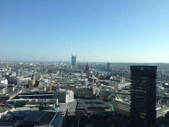 Innside by Meliá Frankfurt Eurotheum: Вид на город