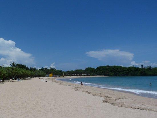 Grand Hyatt Bali: the beach