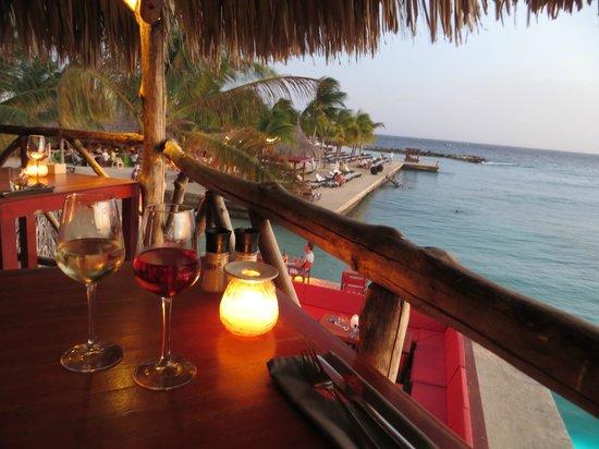 Hibiscus Beach House: Dineren bij Jan Thiel Baai