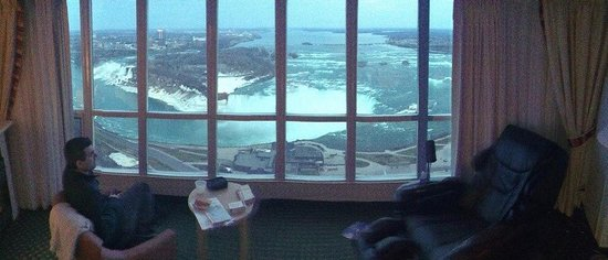 Embassy Suites by Hilton Niagara Falls Fallsview Hotel: a view