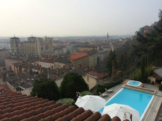 Villa Florentine : vue du parvis de l'hôtel