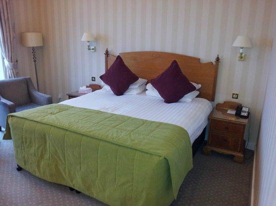 Hallmark Hotel Bournemouth Carlton: 1st Floor bedroom