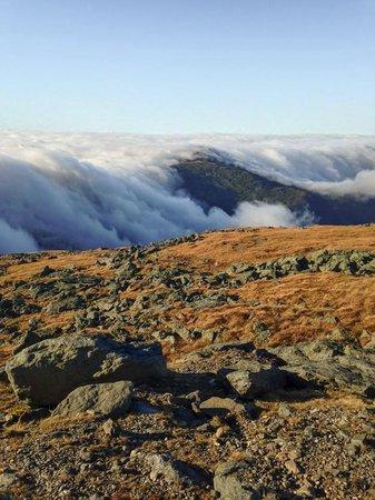 Mount Washington : Cloud rolling
