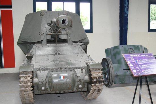 Musée des blindés : Char Allemand fabriqué avec un châssis français récupéré