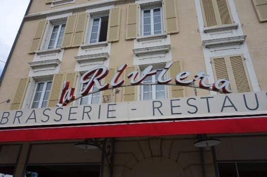 Brasserie Restaurant La Riviera: big sign