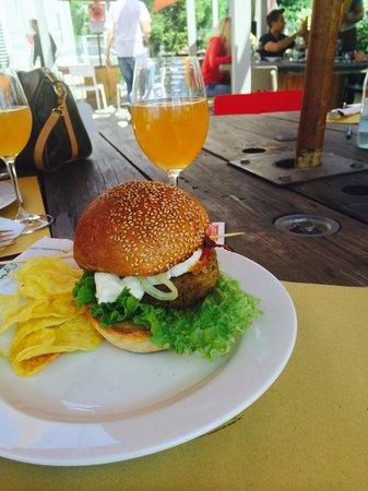 Mangiari di Strada: Birra artigianale e hamburger