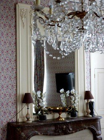 Best Western Grand Monarque : Chambre Prestige 105 détail