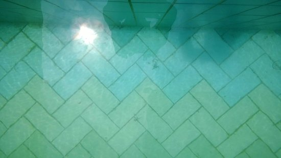 Pullman Kuching: piscine
