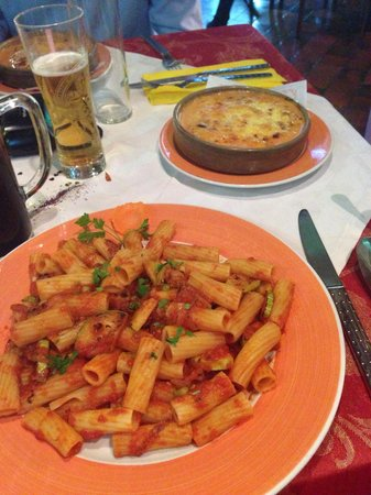 Da Pinocchio : Pasta dish and lasagne