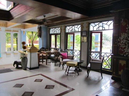 Aonang Ayodhaya Beach Resort: Ресепшн