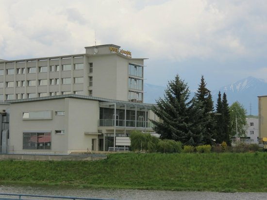Hotel Janosik: The appearance of the hotel does not do its quality justice