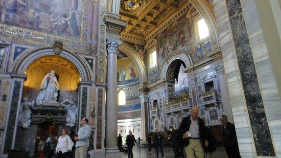 Arcibasilica di San Giovanni in Laterano: Linda