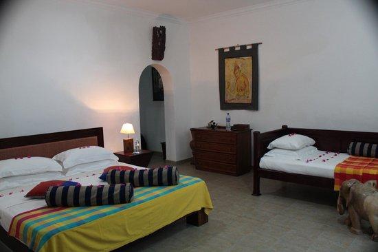 Shangri-Lanka Villa : room