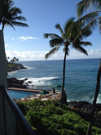 Poipu Shores Resort: View from our lanai. 303A