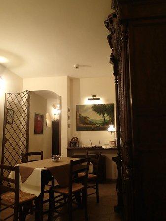 Hotel Il Convento: Интерьер столовой