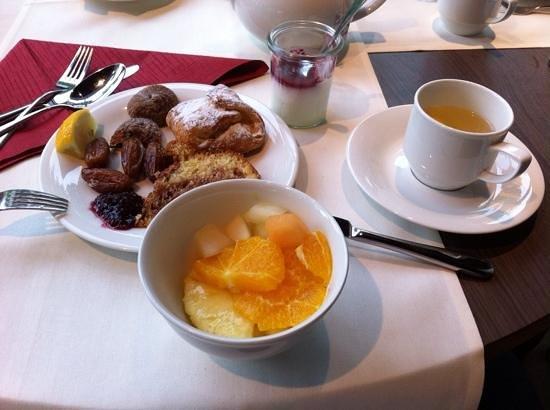 Austria Trend Hotel Park Royal Palace Wien: breakfast