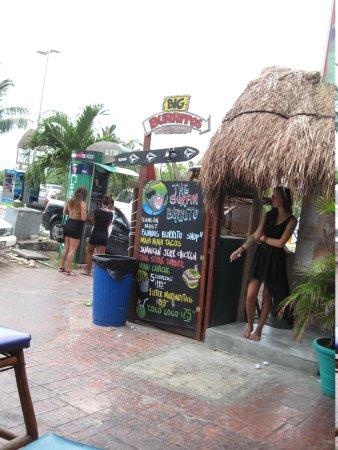 The Surfin Burrito : Store Front