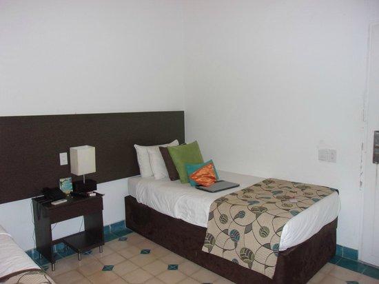 Hotel Blue Cove : habitacion