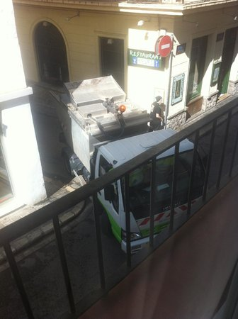 Hotel Galeón: Habitación a la calle