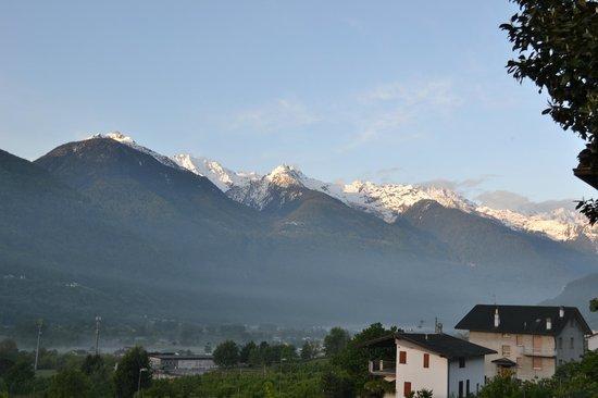 B&B Il Grappolo Valtellina: panorama