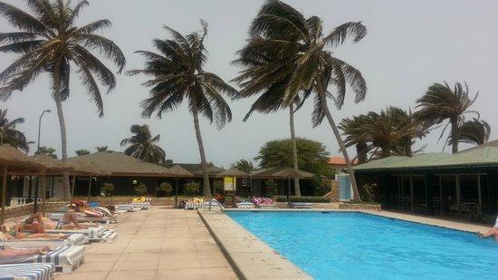 Hotel Oasis Belorizonte : Piscina de resort!!????Grande??LOL