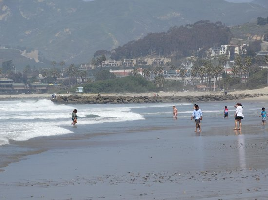 Ventura Beach Marriott: beach