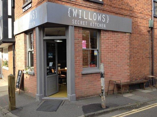 Willows Secret Kitchen: New Outside