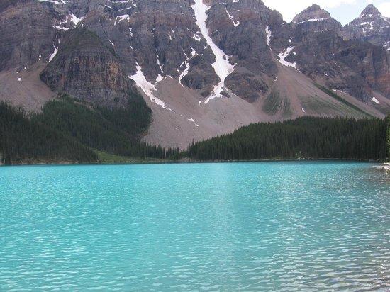Moraine Lake: Reflections of beauty.