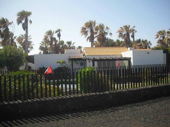 Barcelo Castillo Beach Resort: 1st bungalow before we upgraded