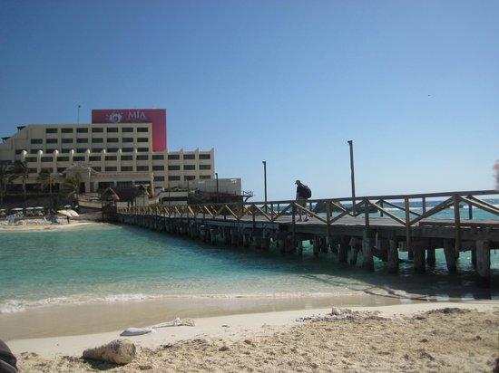 Playa Norte: Bridge