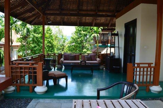 The Briza Beach Resort Samui: gorgeous courtyard