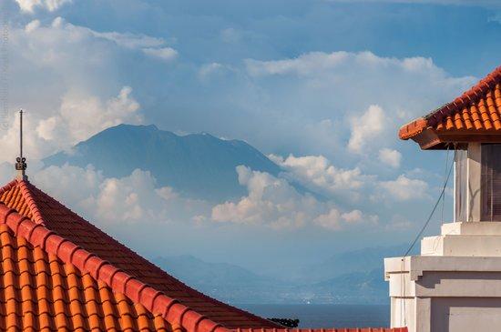 Hilton Bali Resort : Mt Agung from the Grand Nikko Bali