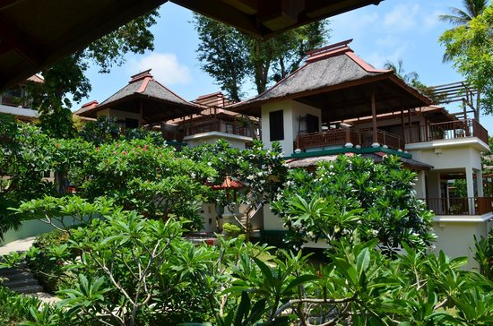 The Briza Beach Resort Samui: Room from outside