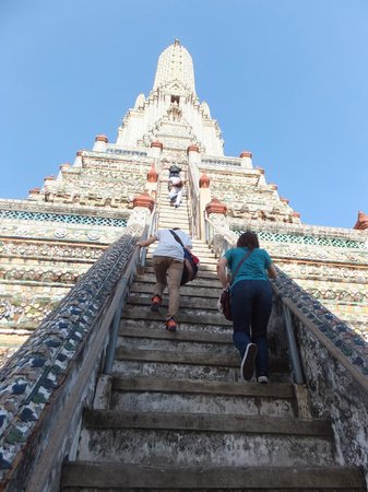 Wat Arun (Tempel der Morgenröte): 急な階段