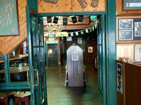 O'Shea's Hotel : Pub